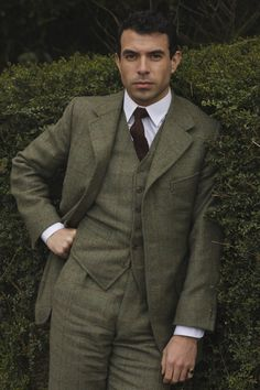 I'm excited to see what new fashion trends for men come from the next season of Downton Abbey.  Smashing! Tom Cullen as Lord Gillingham in 'Downton Abbey'
