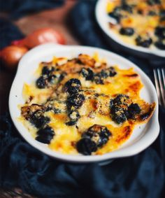 If you love gratinated snails, this recipe is for you! Seafood Recipes, Appetizer Recipes, Soup Recipes, Appetizers, Cooking Recipes, Escargot Recipe, Bordelaise Sauce, Snails Recipe, Cocktails And Canapes