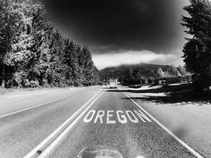 Entering Oregon via Highway Brookings, OR.What a thrill each time I entered into Oregon/ then moved here Brookings Oregon, Eugene Oregon, Where The Heart Is, Portland Oregon, Evergreen, Places Ive Been, Road Trip, Places To Visit, Country Roads