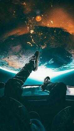Phone Wallpaper For Men, Wallpaper Earth, Planets Wallpaper, Hipster Wallpaper, Nature Wallpaper, Galaxy Wallpaper, Perspective Photography, Moon Photography, Creative Photography