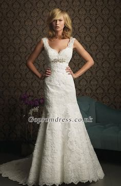 lace wedding dress, lovely shape