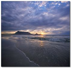 Beautiful Cape Town and only one hour from Franschhoek home of La Clé des Montagnes, four luxurious villas on a working wine farm What A Wonderful World, Beautiful World, Beautiful Places, Cape Town Tourism, Travel Around The World, Around The Worlds, Picture Table, Big Bay, Mountain Sunset