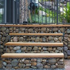 Fascinating Diy Ideas: Natural Fence Bamboo front yard fencing with lights.Fence Stain Back Yard metal fence thoughts.Front Yard Fencing With Gate. Fence Landscaping, Backyard Fences, Garden Fencing, Garden Gate, Fence Design, Garden Design, Gabion Retaining Wall, Steep Gardens, Front Yard Fence