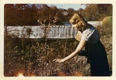 Sylvia Plath: Life of the Talented Tragic Poet Through Amazing Photos ~ vintage everyday Writers And Poets, People Photography, Vintage Photography, Classic Photography, Anne Sexton, American Poets, American Literature, Illustrations, Cool Photos