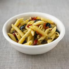 Sun-Dried Tomato Pasta With Pine Nuts