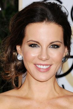 Kate Beckinsale Golden Globes Awards 2014 Who had the best hair and makeup at the 2014 Golden Globe Awards? Here are the celebrity close ups...