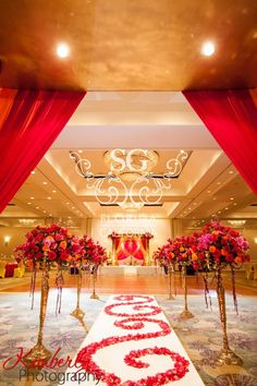 Suhaag Garden Indian Wedding Decorator, Florida Indian Wedding Decorator, San Fransisco Indian Wedding Decorator, California Indian Wedding Decorator, Gold Mandap, Fuchsia Red and Gold Flowers, Traditional Mandap, Fusion Mandap, Gold Candelabras, Grand Hyatt Tampa Bay Indian Wedding