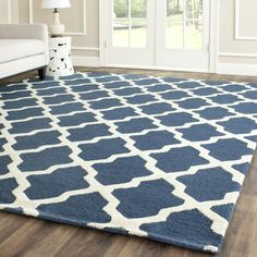 Beacon Falls Hand-Tufted Wool Navy Blue/Ivory Area Rug