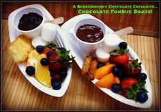 Exclusively from Beanermunky Chocolate....Chocolate Fondue Boats! Fresh fruit, marshmallows, and your choice of cake rusk or salted pretzel. Go ahead and double dip in Belgian Milk, Dark or White chocolate. Available starting June 7th at Buskerfest in downtown Dundas Ontario.