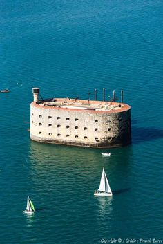 ✈️ Photo aérienne de : Fort Boyard - Charente-Maritime (17)