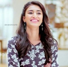Erica smile 😊 is magical 😍 Indian Tv Actress, Beautiful Indian Actress, Indian Actresses, Prettiest Actresses, Beautiful Actresses, Indian Celebrities, Bollywood Celebrities, Indian Hairstyles, Pretty Hairstyles