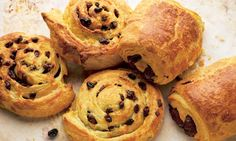 Dan Lepard - Fast and Easy Danish Pastry Dough Easy Pastry Recipes, Snack Recipes, Pastries Recipes, Danish Recipe Easy, Danish Recipes, Custard Buns, Short Pastry, Danish Food, Danish Pastries