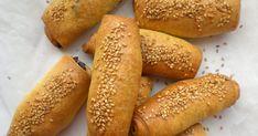 My Little Expat Kitchen (in Greek): Ελληνικά πιτάκια για όλους Greek Recipes, Hot Dog Buns, Hot Dogs, Cyprus Food, Michelin Star, Doughnuts, Tarts, Restaurant, Bread