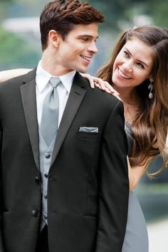 Rent your Prom Tuxedos for your prom night in Wolfeboro NH. Slim, modern and traditional style tuxedos from Jim's Formalwear. Ask about our tuxedo, wrist corsage and boutonniere special. Lindas Flowers Tuxedos boutonnieres and wrist corsages in Wolfeboro Evening Gowns Couture, Designer Evening Gowns, Designer Prom Dresses, Tux Rental, Dress Rental, Prom Tuxedo, Tuxedo Wedding, Black Tie Formal, Formal Wear