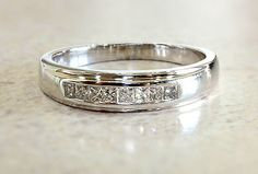 14k White Gold 0.35ct Diamond Ring