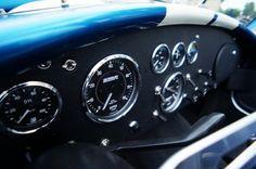 AC COBRA 427 interior
