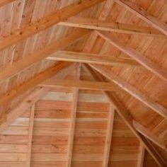 De binnenzijde van de dakconstructie met gebinten