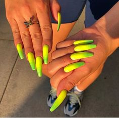 Make an original manicure for Valentine's Day - My Nails Nail Swag, Lime Green Nails, Orange Nails, Dope Nails, Nails On Fleek, Hair And Nails, My Nails, Orange Nail Designs, Gorgeous Nails