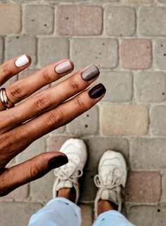 Shellac Nails Fall, Short Nail Manicure, Autumn Nails, Manicures, Acrylic Nails, Diy Nails Manicure, Diy Nail Designs, Short Nail Designs, Simple Nail Designs