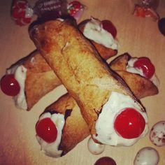 """Cannoli ripieni di ricotta, con scorcie cotte al forno: gustosi ma allo stesso tempo calorie ridotte! ;)  #ricotta #diy    http://viviconletizia.blogspot.it/ Seguimi sui social, cerca """"Vivi con Letizia"""""""