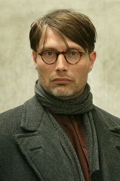 """Mads Mikkelsen in the 2008 movie """"Flame & Citron"""""""