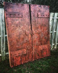 Static: Old Rusty Steel Doors prop by Halloween Forum member thegraveyardcaretaker