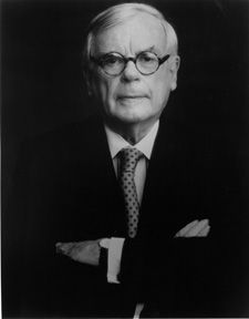 Dominick Dunne (October 29, 1925 - August 26, 2009) American writer, journalist and filmproducer.