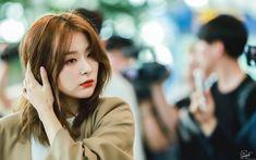 """""""© Hungry Little Bear Kang Seulgi, Red Velvet Seulgi, K Idols, Swagg, Role Models, Girl Group, Asian Girl, Rapper, Actresses"""