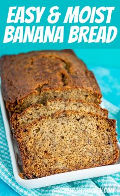 This EASY Banana Bread recipe creates the perfect delicious and moist banana bread! So many great tips and advice on making the perfect loaf of homeamde banana bread from scratch. Banana Bread Easy Moist, Homemade Banana Bread, Make Banana Bread, Healthy Banana Bread, Baked Banana, Recipes Using Bananas, Banana Bread Recipes, Easy Bread Recipes, Oven Recipes