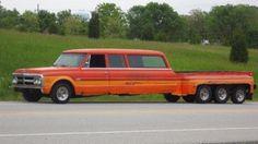 1970 GMC Suburban Pick Up