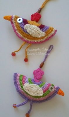 These are fun to make.  Find a free pattern at Attic24 (my fav crochetting site as her instructions are brilliant and designs are fun).