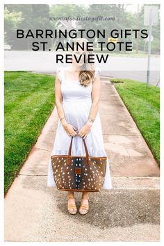 You'll love this Barrington Gifts Oversized Tote! It's the best and most durable leather hand bag for women and I am still just as obsessed with it as when I first bought it 6 months ago. Today I'm sharing my review on the best tote handbag - the St. Anne's Tote from Barrington. | designer handbags, leather handbags, hand bags for women, #handbags #tote #barringtongifts Petite Fashion, Timeless Fashion, Classic Fashion, Barrington Gifts, St Anne, Fall Jeans, Stylish Jackets, Casual Sweaters, Fall Looks