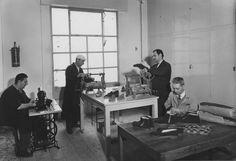 Laboratorio calzoleria - 1956