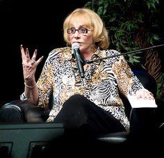 Sylvia Browne Dead: Renowned Psychic Dies at 77 - Us Weekly