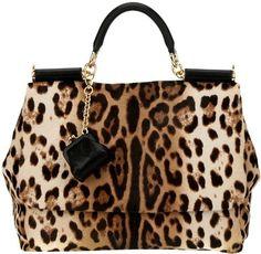 Dolce and Gabbana leopard bag Fashion Handbags, Purses And Handbags, Fashion Bags, Fashion Purses, Fashion Top, Leather Handbags, Spring Fashion, Dolce & Gabbana, Handbag Accessories