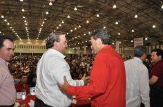 El Gobernador de Veracruz, Javier Duarte de Ochoa, asistió a la Reunión Anual de Alianza Generacional, que se llevó a cabo el 14 de enero de 2012 en Boca del Río, donde intercambiaron experiencias y proyectos profesionales, políticos y laborales.