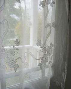 lace curtains never grow OLD
