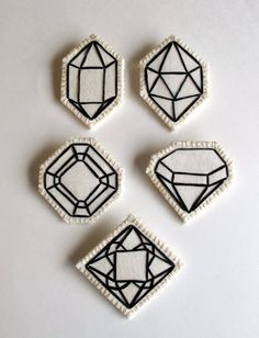 Geometric brooch hand embroidered faux gem outlined in black choose one wedding favors diamond jewelry April birthstone jewelry - # Embroidery Patches, Cross Stitch Embroidery, Embroidery Patterns, Hand Embroidery, Geometric Embroidery, Embroidered Patch, Diy Patches, Pin And Patches, Diy Broderie
