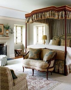 20 Inspiration With Curtain Country Bedroom shabby chic decor, bedroom country, vintage country bedroom, country home bedroom, country bedrooms ideas farmhouse decor country Champagne Bedroom, French Country Bedrooms, Country French, Bedroom Country, Country Farmhouse, Country Living, Country Homes, Vintage Country, French Style