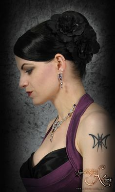 Sophie, Fashion, Purple, Black, Goth, Vintage, Gala, Dress, Make up, Gloves, Tatoo