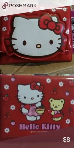 NEW Hello Kitty Print Women/'s Bill Size Wallet PINK 7.5x4 Inches