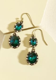 Glitz the Best Earrings in Pine. Looking for a pair of earrings to help outdo your last look? Beautiful Red Dresses, Unique Dresses, Green Earrings, Drop Earrings, Lame Fabric, Winter Wedding Guests, Sweetheart Dress, Oval Pendant, Green Fashion
