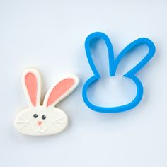 This 3D printed Easter bunny ears cookie cutter has been crafted for durability and quality. All cutters designed, engineered and tested by a fellow cookie enthusiast. Home page: www.frosted.co Collec