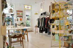 SASHIONBLOG-by-Saskia-van-Rij-Hotspot-Amsterdam-Kolifleur-Clothing-Things-Vintage-Interior-012-900x600.jpg (900×600)