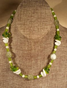 Green and White Swirl Glass Bead Necklace by SpringHammock on Etsy