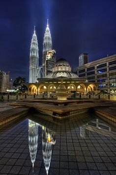 Petronas Twin Towers & As Syakirin Mosque - Kuala Lumpur, Malaysia Places Around The World, The Places Youll Go, Travel Around The World, Places To See, Around The Worlds, Putrajaya, Kuala Lumpur, Malaysia Travel, Asia Travel