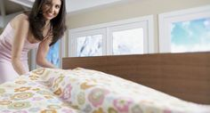 Segredo dos hotéis para arrumar cama com lençol tão esticadinho e perfeito