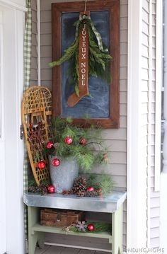 Junkers Unite With A Vintage Christmas Front Porch - Finding Home #christmasjunkersunited