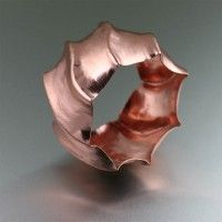 Best Copper Jewelry Designs in Arizona - Copper, a commonly-used component with a vast history, continues to fascinate Arizona jewelry aficionados with its simplicity and natural elegance. Copper Cuff, Copper Bracelet, Bangle Bracelets, Bangles, Rope Jewelry, Jewelry Tree, Jewellery, Copper Anniversary Gifts, 7th Anniversary