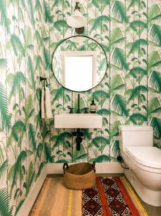 Live in a small house pushes you to have tiny bathroom as well. Here, you should be more creative in creating space to make your bathroom look larger. Here are some hacks to make your some bathroom feel extra cozy; Art Deco Bathroom, Eclectic Bathroom, Boho Bathroom, Bathroom Trends, Bathroom Design Small, Bathroom Interior, Bathroom Ideas, Tropical Bathroom, Downstairs Bathroom